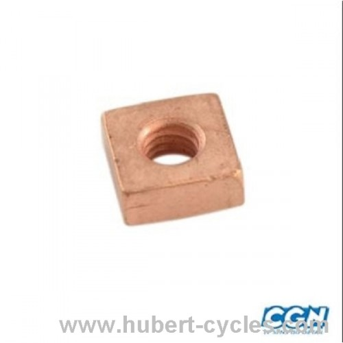 ECROU CARRE CYLINDRE CYCLO 103
