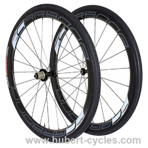 ROUES CARBONE  TUFO 45MM 20-24 RAYONS