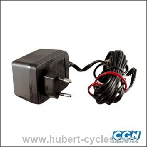 CHARGEUR BATTERIE TOP PERF 12V 0.3 A 3.6